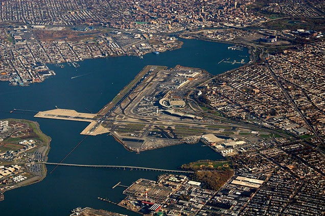 LaGuardia Airport (New York) Parking