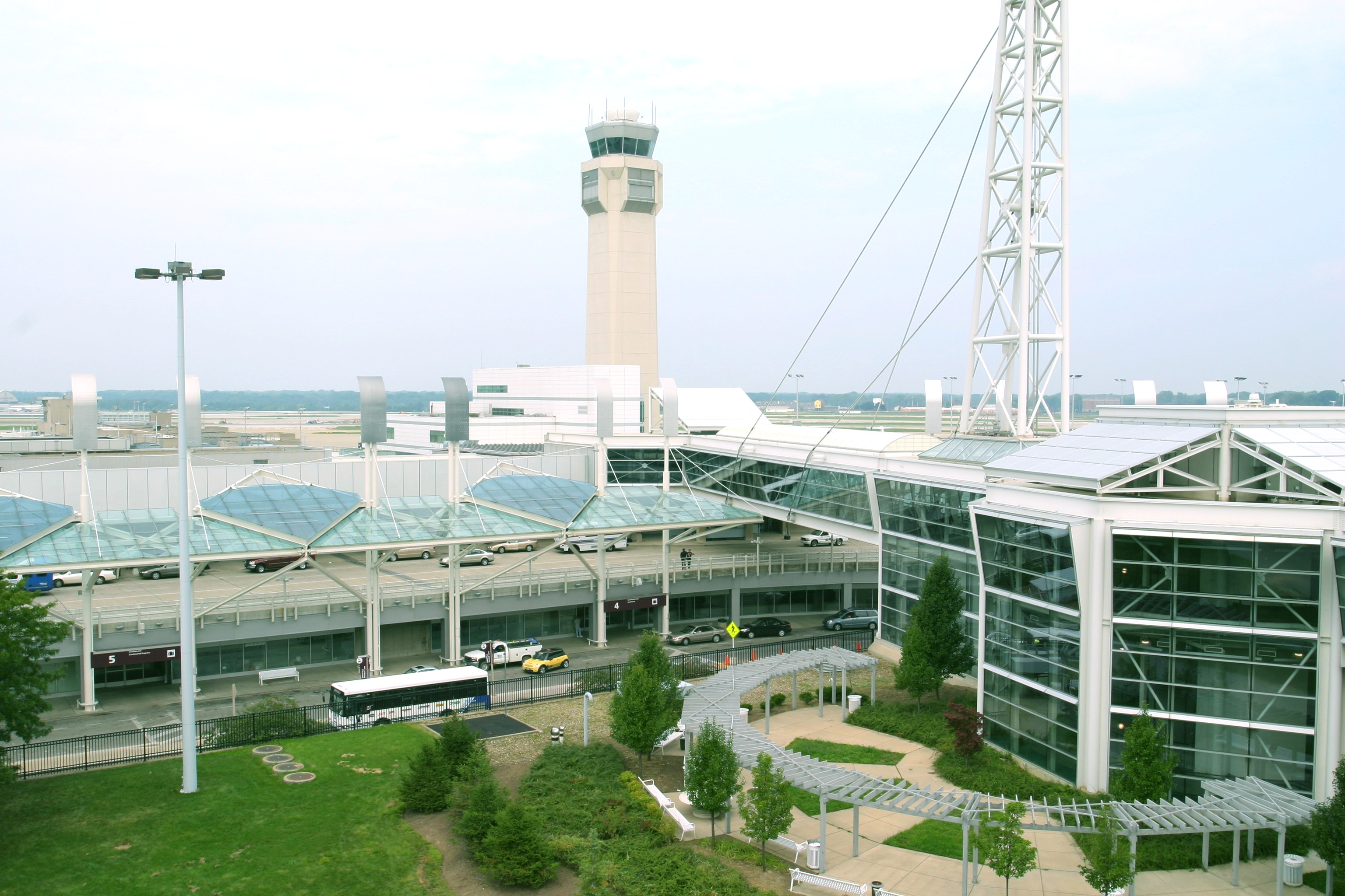 Cleveland Hopkins International Airport Parking