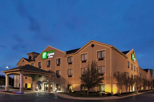 Holiday Inn Express Hotel & Suites - 5 days MINIMUM Reservation