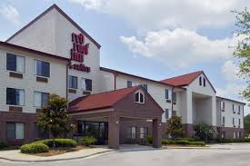 Red Roof Inn & Suites SAV