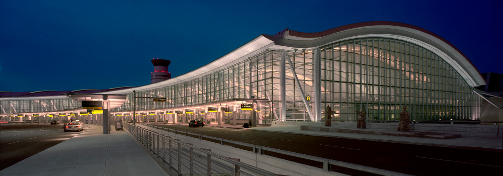 Toronto Pearson International Airport (CANADA)