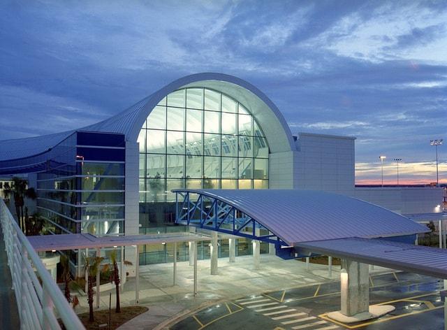 JAX Jacksonville International Airport Parking | Book2Park.com