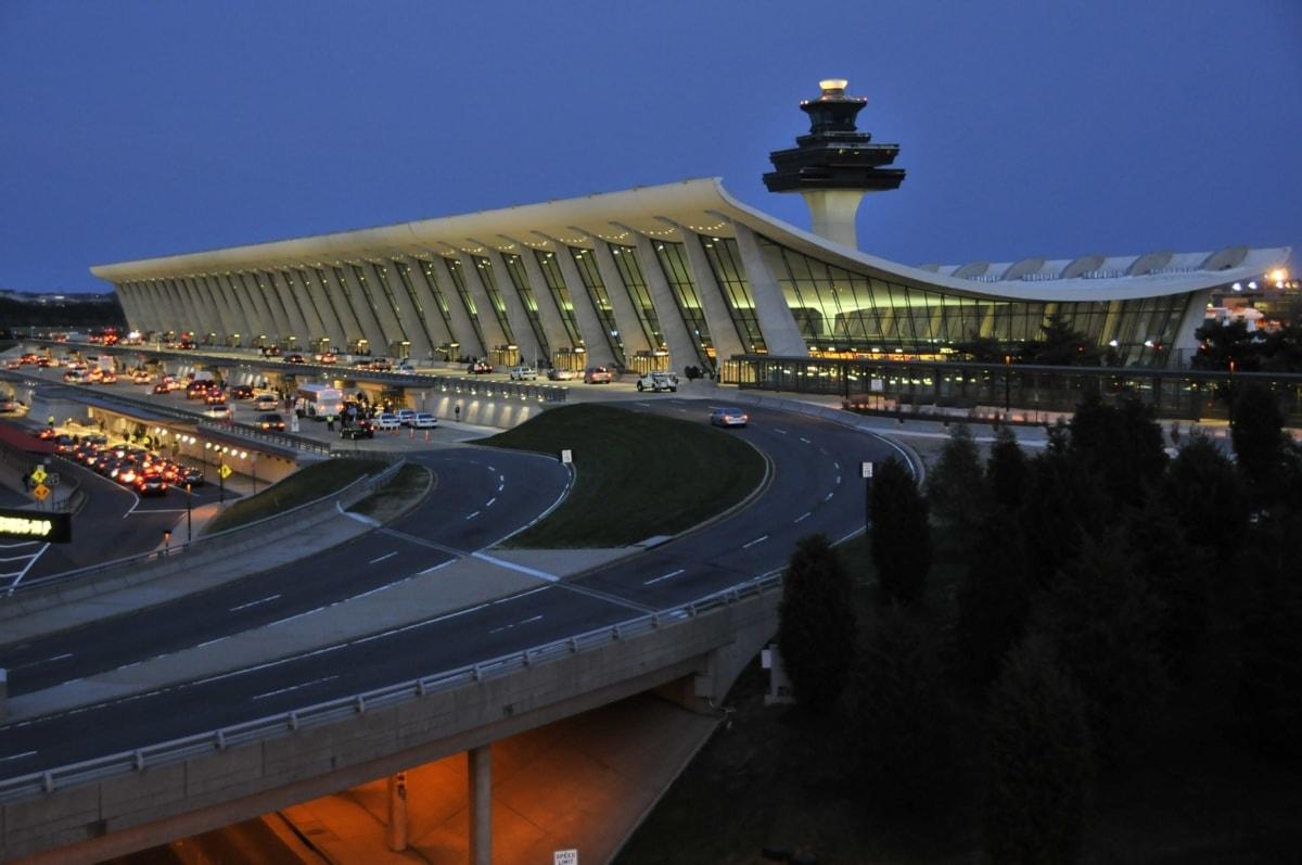 Best IAD Airport Parking